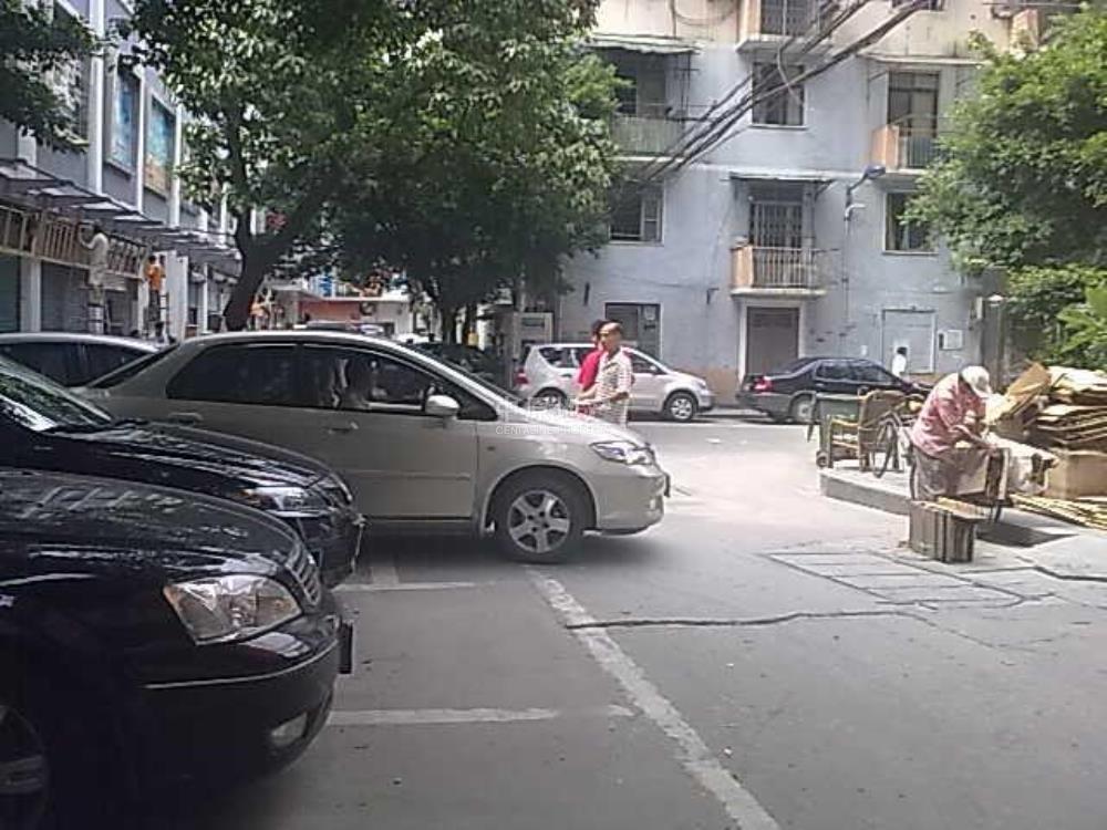 人民中路商铺-实景图